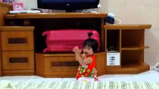 Video Baby tepuk tangan download MP3, 3GP, MP4, WEBM, AVI, FLV Mei 2018