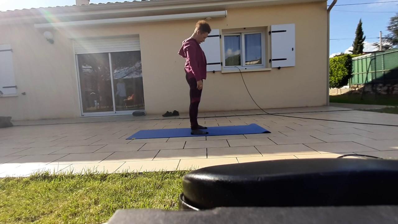 Spécial confinement : cours de stretching debout 1/2