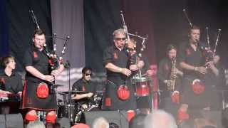 Red Hot Chilli Pipers - Wake Me Up (Avicii) and Don