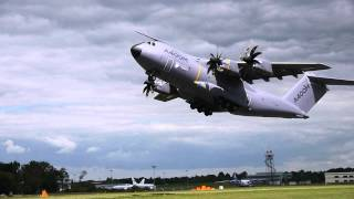Airbus Atlas / Grizzly A400M Turboprop Military Transport Aircraft Take Off Farnborough Airshow 2012