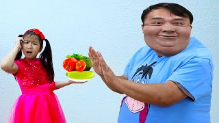 Jannie Pretend Play Preparing Healthy Food For Uncle To Eat| Funny Johny Johny Exercise Kids Video