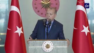 تراجع الطلب على الليرة التركية في السوق المحلية بعد تهاوي قيمتها