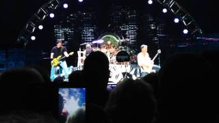Van Halen - Toronto - Aug 7, 2015 - Ice Cream Man & Unchained
