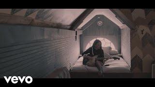 Смотреть клип Lennon Stella - La Di Da | Acoustic