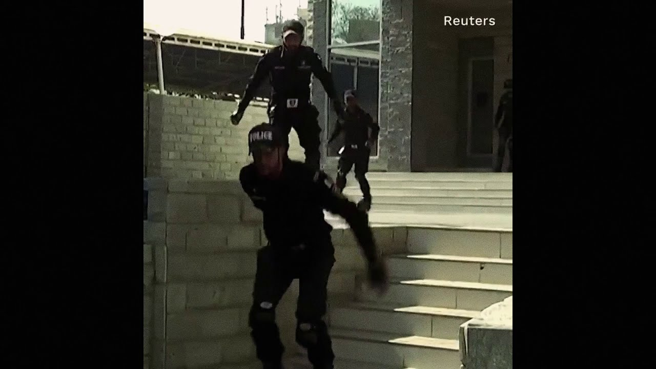 Extreme cops (Power Rangers parody)