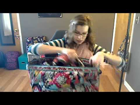 83757ee59d5a Review Vera Bradley Get Carried Away Tote - YouTube