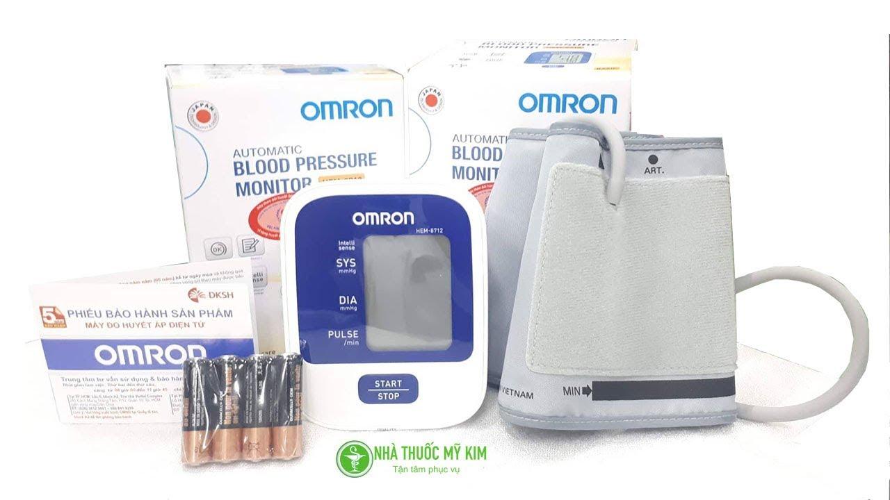 Hướng dẫn cách đo huyết áp đúng cách và sử dụng máy đo huyết áp bắp tay điện tử Omron HEM – 8712