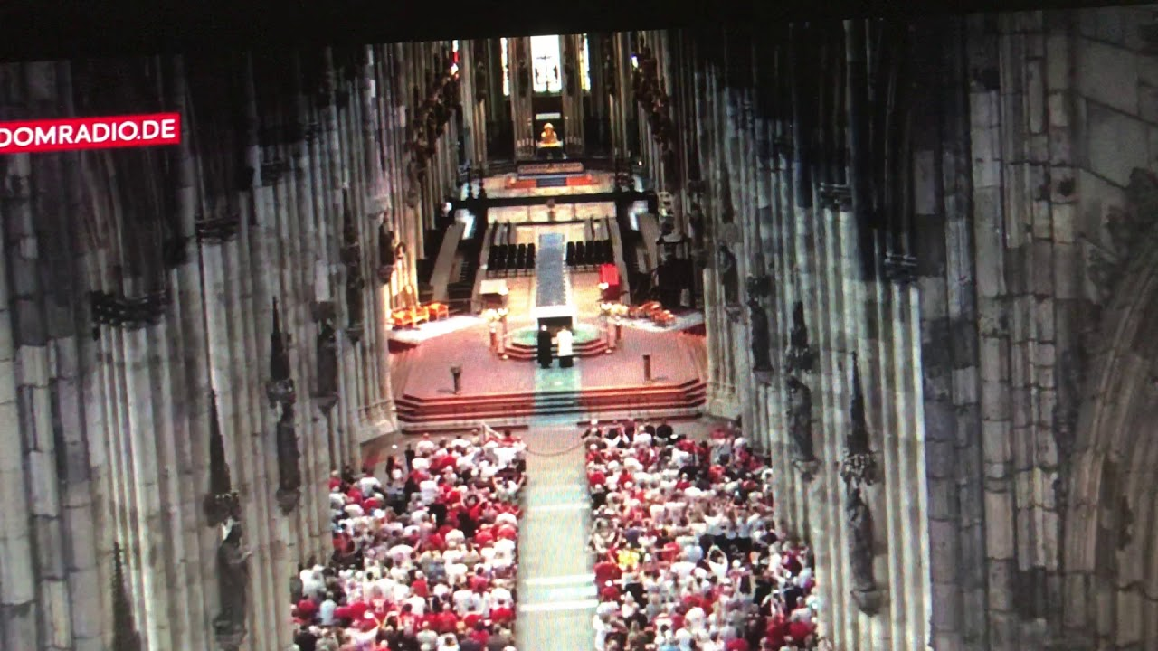 Messe Im Kölner Dom