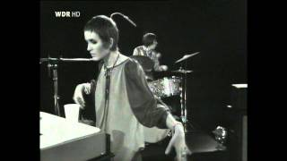 Julie Driscoll, Brian Auger And The Trinity-Season Of The Witch (German TV 1969) HD