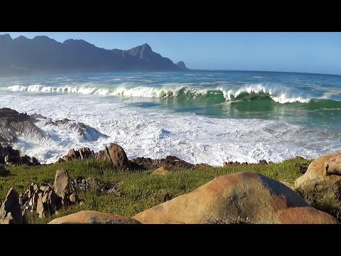 Beautiful 1hr nature scene - ocean waves crashing video -  high quality stereo ocean sounds - HD