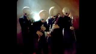 Repeat youtube video 10 MINUTES OF CANTINA BAND