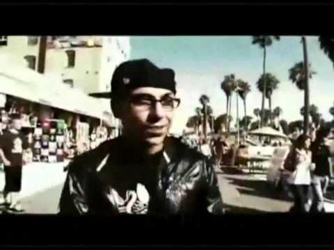 Yomo Ft Eminen & Rihana -- I Love The Way You Lie (Official Remix)