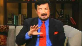 Dr. Mike Murdock - 7 Master Keys To Living In Financial Peace (7 Minutes of Wisdom)
