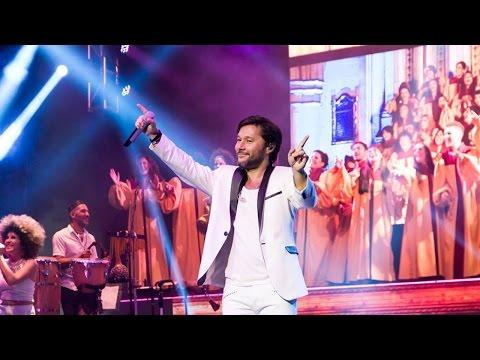 "Argentina Gospel Choir - Diego Torres - IGUALES ""vivo"""