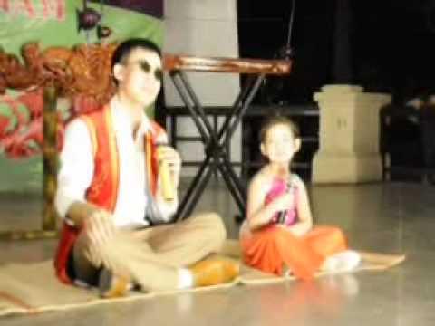 Video Bé gái 6 tuổi hát xẩm điệu nghệ   Clip Bé gái 6 tuổi hát xẩm điệu nghệ   Video Zing