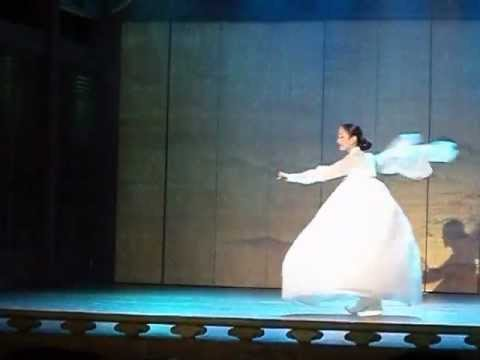 Salpuri - Korean Shamanic Dance