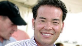 Jon Gosselin Waiting Tables, Living In The Woods