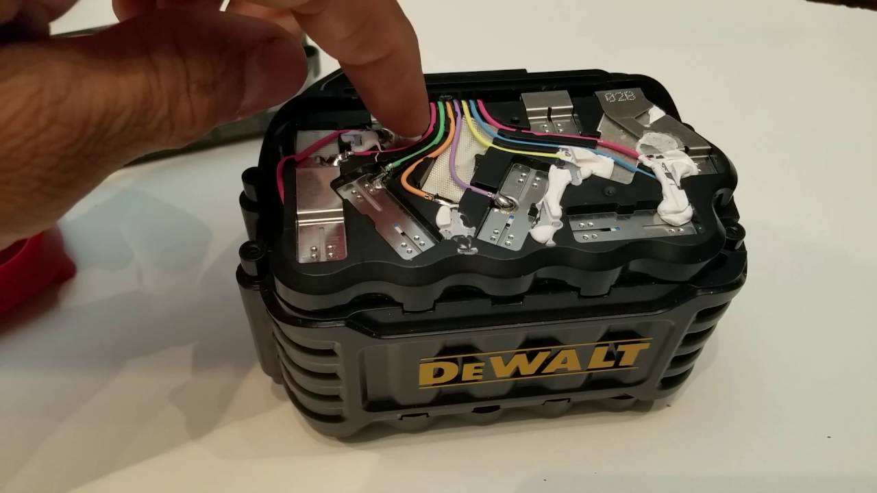 Whats Inside A Dewalt 60v Flexvolt Battery Youtube