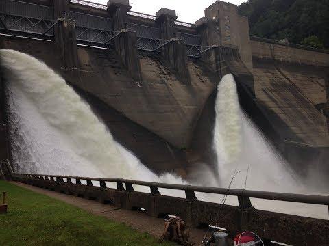 Fishing A MASSIVE Spillway (the Kinzua Dam)!