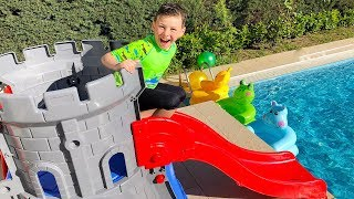 Home Aquapark in garden Castle Slide Pool Family Fun Kid video