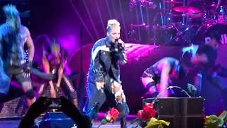P!nk - Get The Party Started live in Chicago 9/9/2017