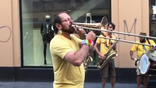 Banda banana (Buskers festival Neuchatel 2013)