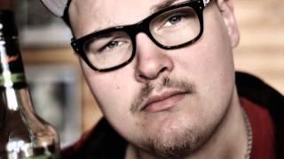 Kirka Rapitzin - Parhainta Alallaan (Salonen On Takas Taas)  [2014]