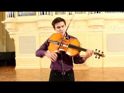 Sergey Malov plays Violoncello da spalla.