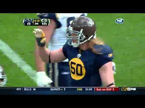 Packers LB AJ Hawk Flips the Bird/Middle Finger