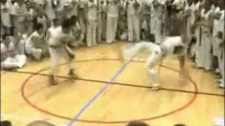 Fast-paced Capoeira Roda in action!
