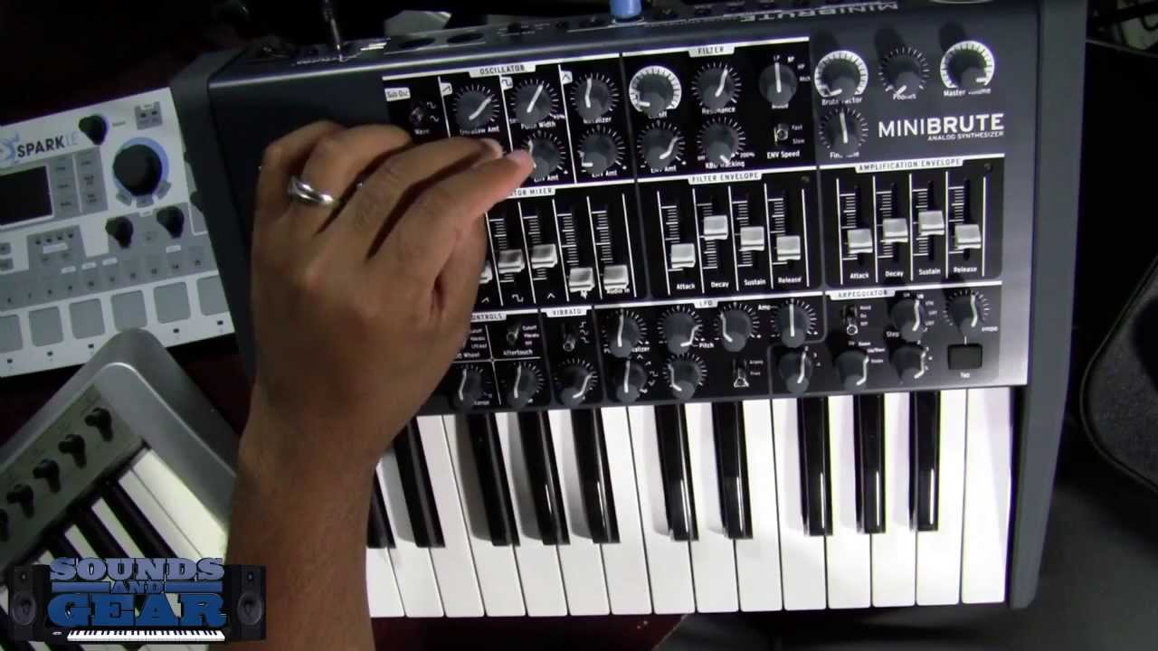 review arturia minibrute analog synthesizer youtube. Black Bedroom Furniture Sets. Home Design Ideas