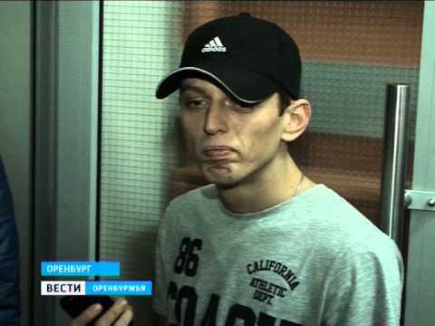 В Оренбурге 1000 волонтеров искали похищенную девочку.