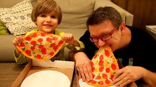 Best Pizza Ever - Gummy Pizza