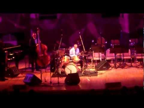 Roy Haynes doing his thing @ Moscow International House of Music, 23 February 2013