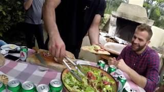 ЧТО и КАК готовят греки на природе ?!  как приготовить ГИРОС ?