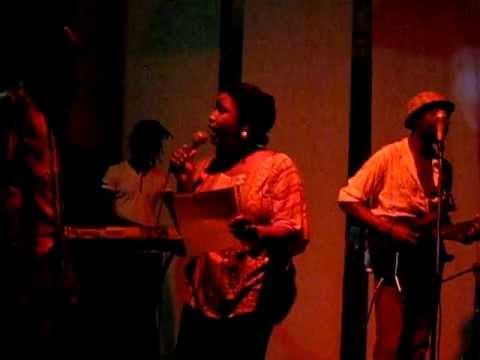 Preeshka! Live in Mozambique!