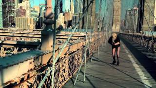 "Google Chrome: Lady Gaga ""The Edge of Glory"" Commercial [HD]"