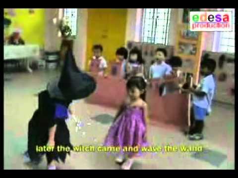 Children stage plays, kindergarten
