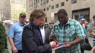 Barry Manilow at the 'TODAY' show studio Barry Manilow at...