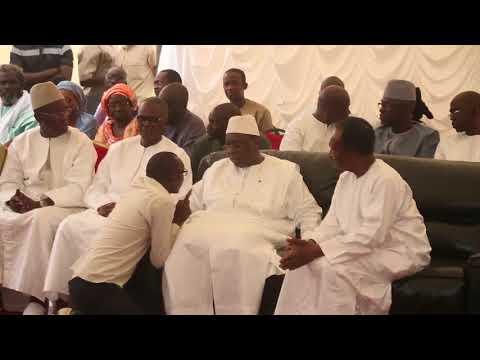 Il déjoue la vigilence de la garde rapprochée du Président Macky Sall