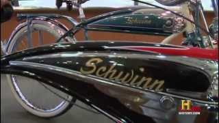 Two old schwinn vintage in Pawn Stars