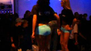Games Convention 2004 - Deep Silver Babes