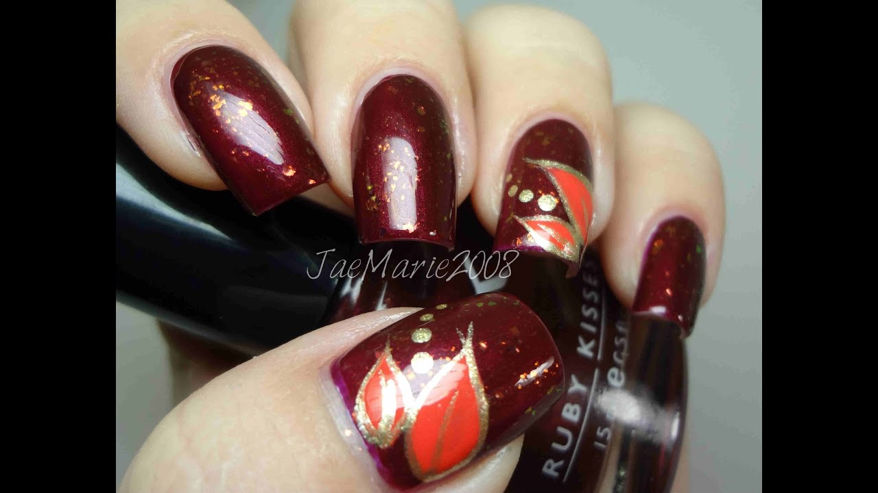 simple leaves-fall nail design