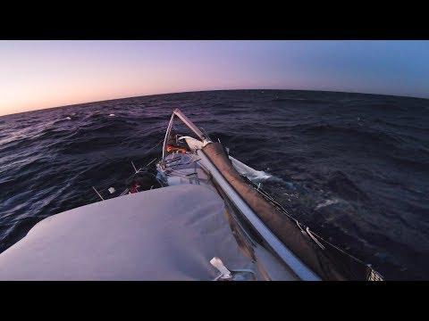 broken-mast-on-atlantic-crossing