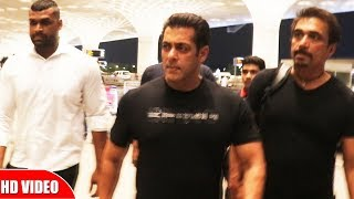 Salman Khan Leaves To Abu Dhabi For BHARAT Shooting, Spotted At Airport