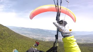 Paragliders Collide And Fall 4,000 Feet