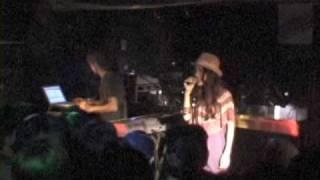 2009年5月31日に名古屋Club EDITSで行われたライブ映像です。