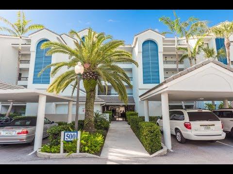 524 Bay Colony Dr N, North Palm Beach, FL 33408