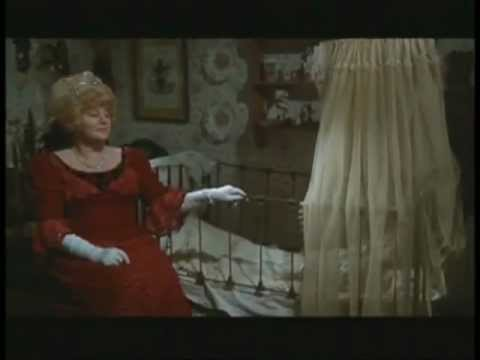 Whoever Slew Auntie Roo? is listed (or ranked) 26 on the list The Best Shelley Winters Movies