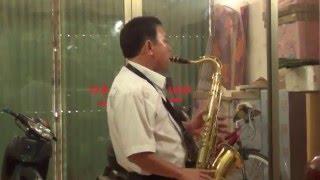ken saxophon bai kinh hoa bimh